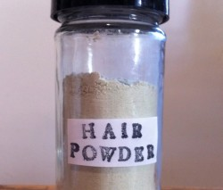 alfabettezoupe:  DIY Organic Hair Powder (via ReadyMade)