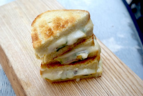 gastrogoodies:  Grilled Brie & Pear Sandwich