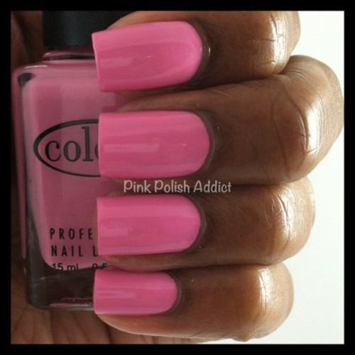 Day 19 | Color Club She's So Glam #31dayuntrieds #nailpolish #colorclub #pink (Taken with instagram)