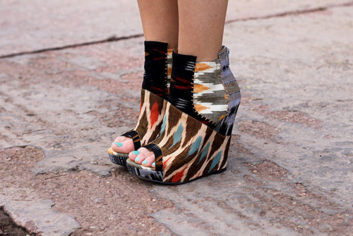 brianna-warn:  These shoes are adorable! A must have.