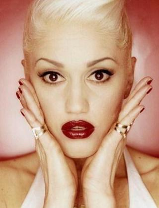 I am listening to Gwen Stefani                                      Check-in to               Gwen Stefani on GetGlue.com