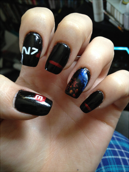 Mass Effect 3 Shepard Nail Art v2 by *Hanachan732