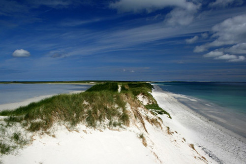 Top of a dune by lukaaash on Flickr.