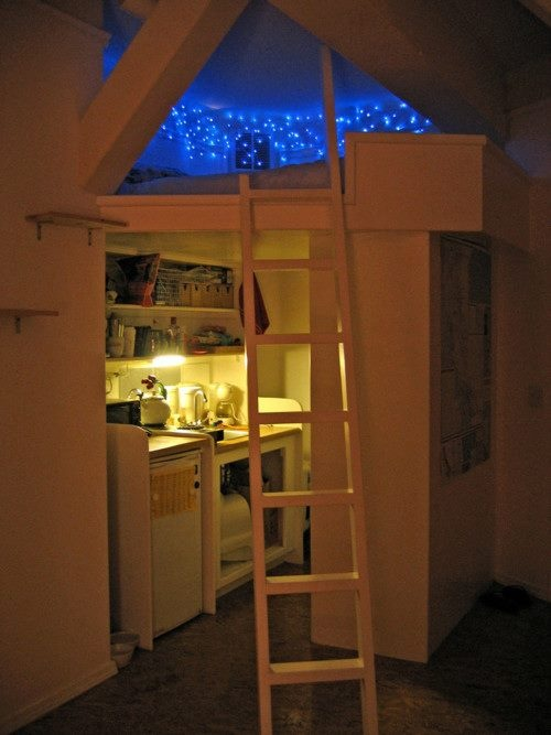 naarniaa:  d-y-n-a-m-i-c:  so if someone could make my room like this, ill promote you forever! :o  omg please