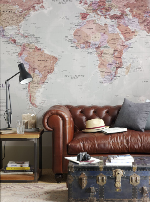 coolchicstyletodressitalian:  great idea : world map wallpaper
