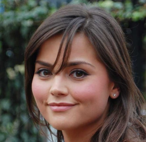 "doctorwho:  Everything you need to know about Jenna-Louise Coleman  Age: 25 Height: 5ft 2in Hometown: Blackpool Lives: Leeds CV:  Emmerdale - Jasmine Thomas (2005-2009) Waterloo Road – Lindsay James (2009) Room at the Top – Susan Brown (2010) Captain America: the First Avenger - Connie (2011) Dancing on the Edge - Rosie Williams (2012) Imaginary Forces - Ellen (2012) Titanic - Annie Desmond (2012) Awards:  Nominated for best newcomer at the 2006 British Soap Awards Nominated for most popular newcomer at the 2006 National Television Awards Nominated for best dramatic performance at the 2009 British Soap Awards Biography: New Doctor Who companion Jenna-Louise Coleman is best known for appearing in Emmerdale and Waterloo Road. Born in Blackpool, the 25-year-old has been acting since she began applying for a place at drama school in 2005, when she was spotted by Emmerdale's producers and given the role of Jasmine Thomas in the soap. Her performance in the drama, which saw her murdering her on-screen boyfriend and embarking on a lesbian affair, earned her best newcomer award nominations in 2006 and saw her tipped for best dramatic performance at the 2009 British Soap Awards. In the same year, she left Emmerdale and took a role in the BBC1 drama Waterloo Road, set in a school. Leaving after making appearances in nine episodes, Jenna-Louise then began working in films, appearing in a TV adaptation of John Braine's Room at the Top in 2010, and then landing a role in the Hollywood blockbuster Captain America: The First Avenger in 2011. She'll soon be seen playing ""cheeky little cockney"" stewardess Annie Desmond in Julian Fellowes's Titanic, which will begin screening on ITV1 from Sunday 25 March, and has also filmed her part in Dancing on the Edge, an upcoming five-part Stephen Poliakoff series for BBC2.  via Radio Times  YES, THAT'S ALL FINE AND DANDY, BUT IS SHE SINGLE?"
