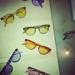 Dying for these sunnies.