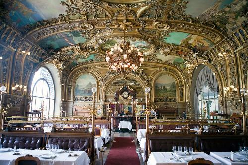 elisabel:  Belle Epoque Dining Room at Le Train Bleu in Gare de Lyon train station - Paris, France  so excited for my trip to europe!
