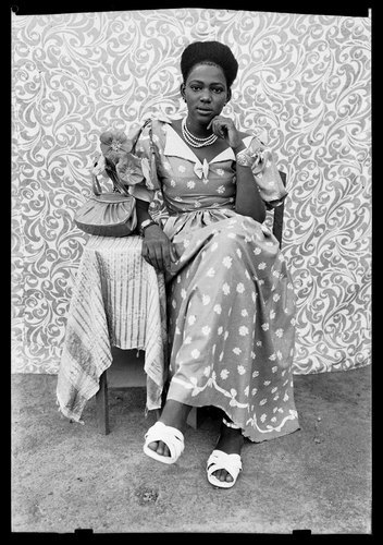 rezanyc:  Portraits by Seydou Keita of Mali (1921-2001)