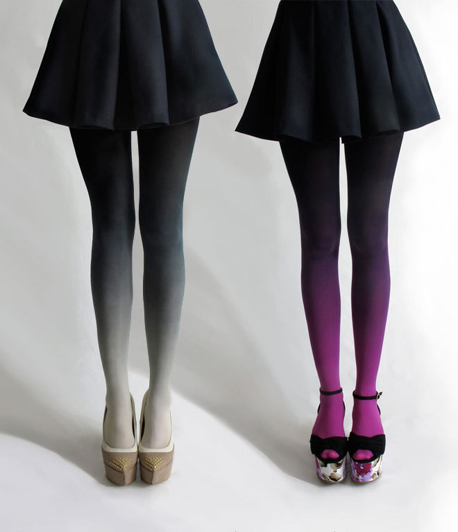 flowersoutofpaper:  sukideen:  ombre tights by BZRBZR  want