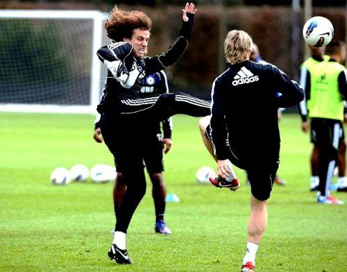 David Luiz and Fernando Torres - Pre Match Training - 21/3/2012 - ( Man City Vs Chelsea )