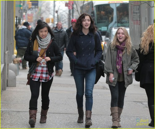 "Ellen spotted with her co-stars of ""The Carrie Diaries"" (source)"