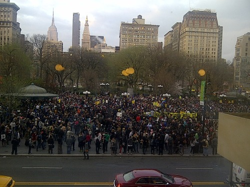 think-progress:  Million Hoodie March in NYC for Trayvon Martin. Bottom picture: Trayvon Martin's parents, at the same march. Credit: AP/Mary Altaffer