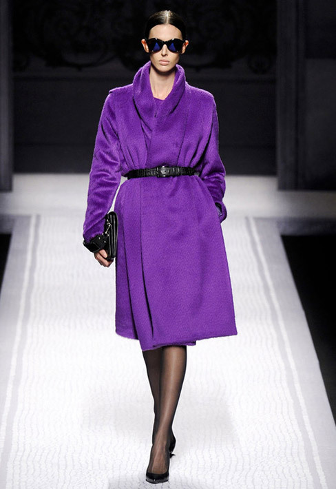 Ultra ChicPurple Coat ! Alberta Ferretti Fall-Winter 2012.