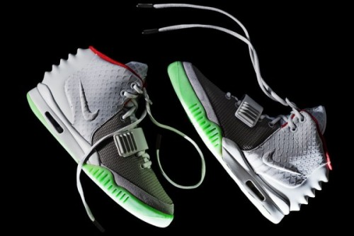 Nike Air Yeezy 2 - Wolf Grey/Pure Platinum new detailed pics of the upcoming Yeezy 2.  really liking the details on these.  nice scaling on the swoosh/midpanel, glow in the dark sole, and some nice Ancient Egyptian details throughout. these are rumoured for an April 13th release. click here for more pics   Related articles Nike Air Yeezy 2 - UK Release Info (sneakernews.com)