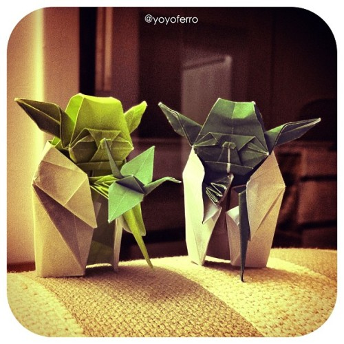 An origami crane from Yoda ! #origami #yoyoferro1000cranes #starwars #yoda (Taken with instagram)