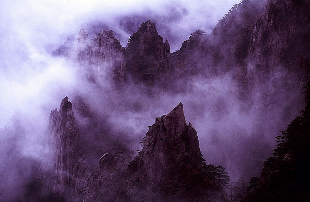 CHINA - The Yellow Mountain by BoazImages on Flickr.