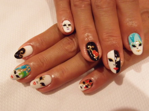 freestylenails:  nailpop:  nail masquerade   omg i absolutely love this!