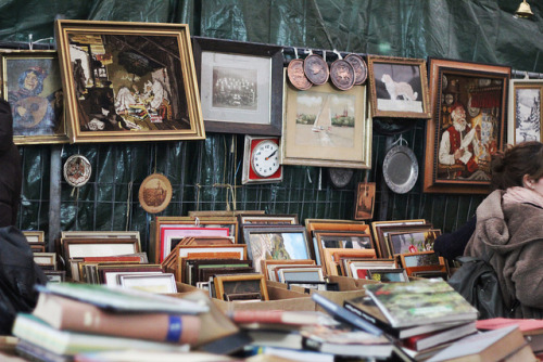 Berlin - Flea market, vintage, photos, painting, pictures, frame