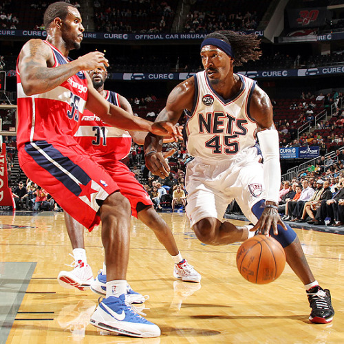 Gerald Wallace, New Jersey Nets [Image Source: NBA.com; Photographer: Nathaniel S. Butler/NBAE/Getty Images]