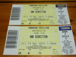 1d-are-my-everything:  one direction Sydney tickets giveaway x2 !!! so I live in Melbourne but couldn't get tickets to the Melbourne show so I managed to get ones to sydney but I just found out that I won 4 Melbourne tickets!! I'm actually so excited like omg, anyway now I have 2 tickets to the Sydney show so I'm doing a give away :)) - reblog as many times as you like - no likes - winner announced 8th April - concert on the 13th of April at 2.30 pm lol -  MUST BE FOLLOWING MEwww.1d-are-my-everything.tumblr.com  I will check ;) keep your ask boxes open :)
