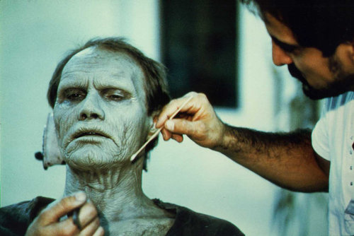 Tom Savini doing Bub's make-up for Day of the Dead (1985).