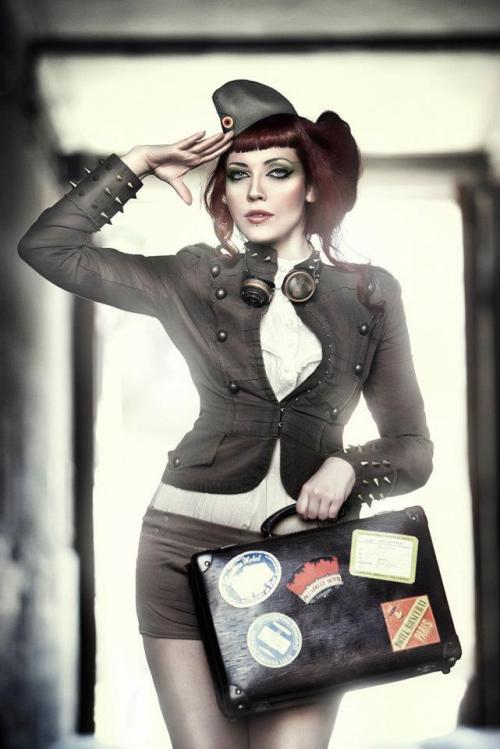 steampunkd:  Ready to fly by ~Costurero-Real Modelo: Laura Snowwhite Makeup: El Costurero Real Vestuario: El Costurero Real Goggles: Felix Goggles