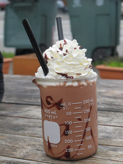 thecakebar:  frozen hot chocolate! (recipe here)