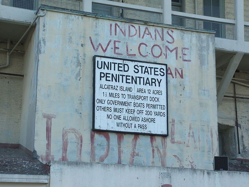 fyeah-history:  Native American occupation of Alcatraz Island, 1969-71