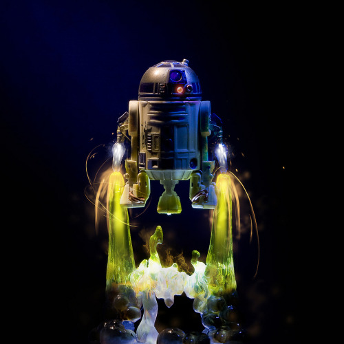 tiefighters:  Hasbro 30th Anniversary (TAC) R2-D2 figure Image by Andy Moore