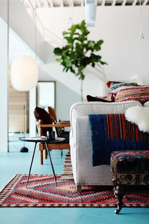 ruemag:  This room! The great light, the turquoise floor, the rich textures…it's the embodiment of summer.