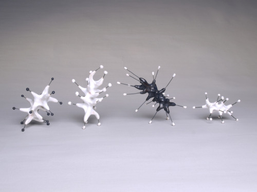 "Jenni Ward: Sprout Series V, 2009, ceramic & high temperature, wire, 15"" x 4"" x 3"""