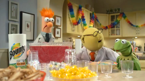 "loversdreamersandyou:  ""Oh, Mr. Kermit! Beaker and I have invented the most important party technology since free-stye, Eurobeat, dance music!"""