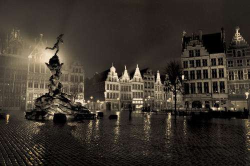Midnight SquareAntwerp, Belgium022712