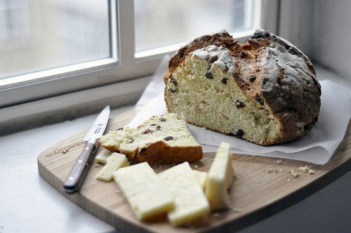 Practical 10: Soda bread with raisins by jaslynr on Flickr.
