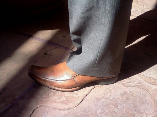 Mr @pnjabi shoe game! Ladies, He's brilliant & fashionable ;)