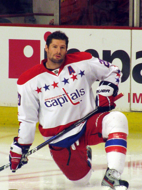Troy Brouwer (Capitals at Blackhawks 3/18)