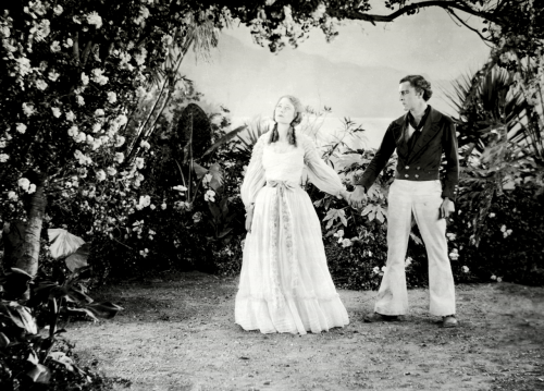 funnylipshape:  John Barrymore and Dolores Costello for The Sea Beast, 1926
