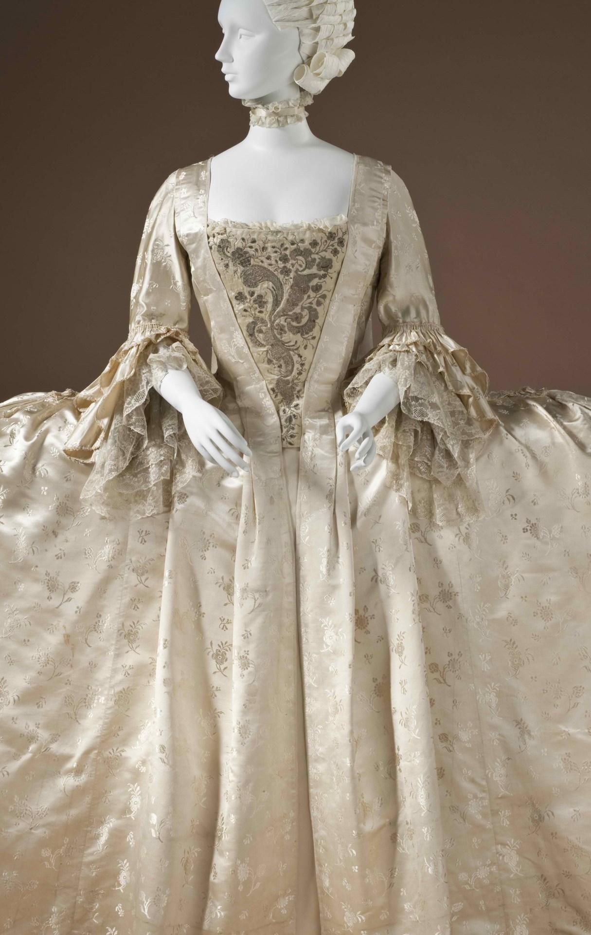 Silk satinRobe à la Française, circa 1765 England