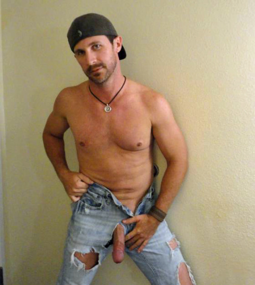 jakesmonstersnake:  southerndudes:   Southerndudes - SUBMIT    Follow me  Something Sticky This Way Cums |Please check out my all videos only tumblr at  Something Sticky Videos. Nothing but seriously hot fucking, sucking and solo's videos!  Omg fuck me now