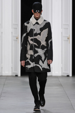 Dior Homme FW 2012. Loving the bird prints.