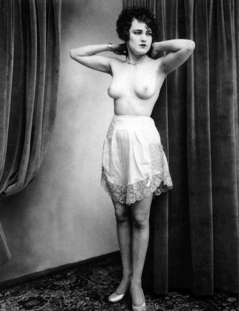 vintagegal:  Photo by Albert Arthur Allen c. 1920's