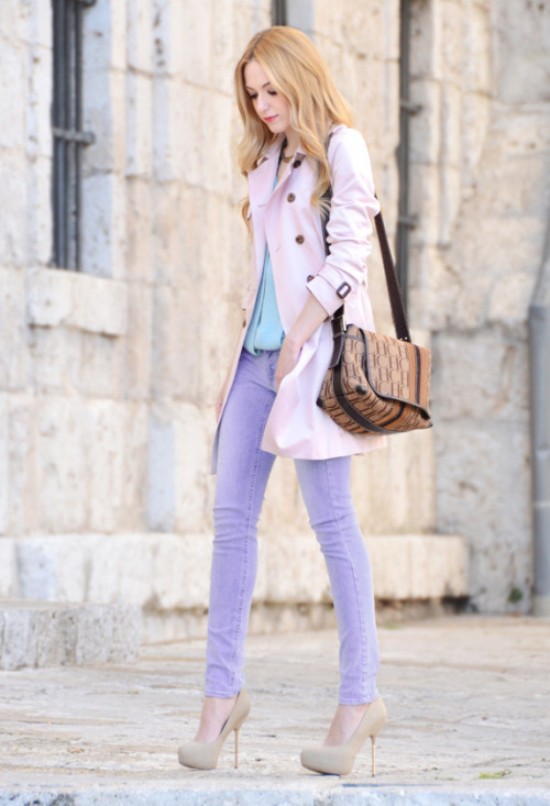 fashionblvd:  HAVE YOU TRIED THE PASTEL COLOURS YET? WOULD YOU SHOW ME YOUR PICTURES??
