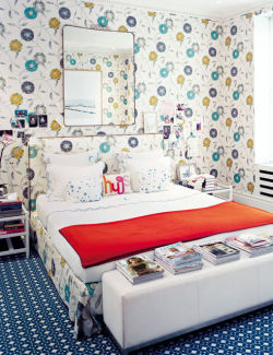 (via Homes I Love: Colorful London Townhouse Revisited | FROM THE RIGHT BANK)