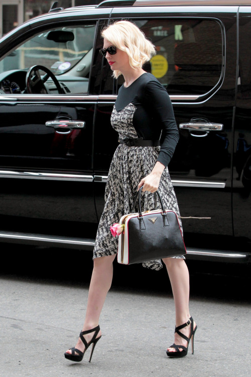 "bohemea:  suicideblonde:  January Jones in NYC, March 21st A long stemmed rose in a Prada purse.    When I first started reading the sentence A long stemmed rose in a Prada purse I thought SB was describing January. I was all, ""January is a long stemmed rose!"""