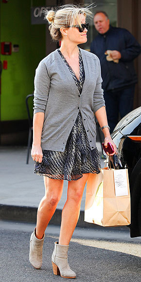 Sundress, $34.44  Reese Witherspoon  Rocks this sundress while casually running errands.