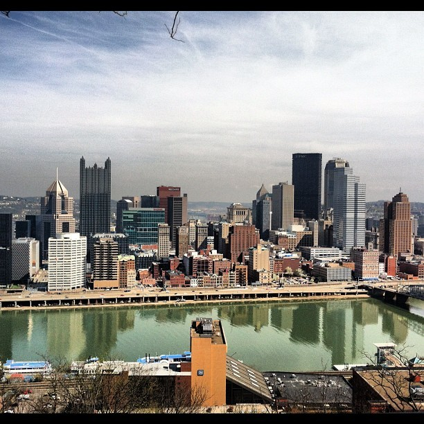This view never gets old #Pittsburgh (Taken with Instagram at Mount Washington Lookout)