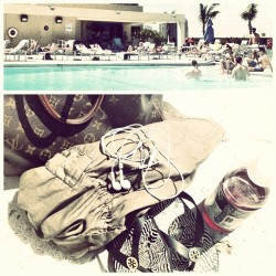 Laying out 😊🌴☀ #miami #tan #sunshine #happy #pool #mmw #essentials #lv #vitaminwater #headphones #toryburch #rooftop (Taken with Instagram at Rooftop Pool)