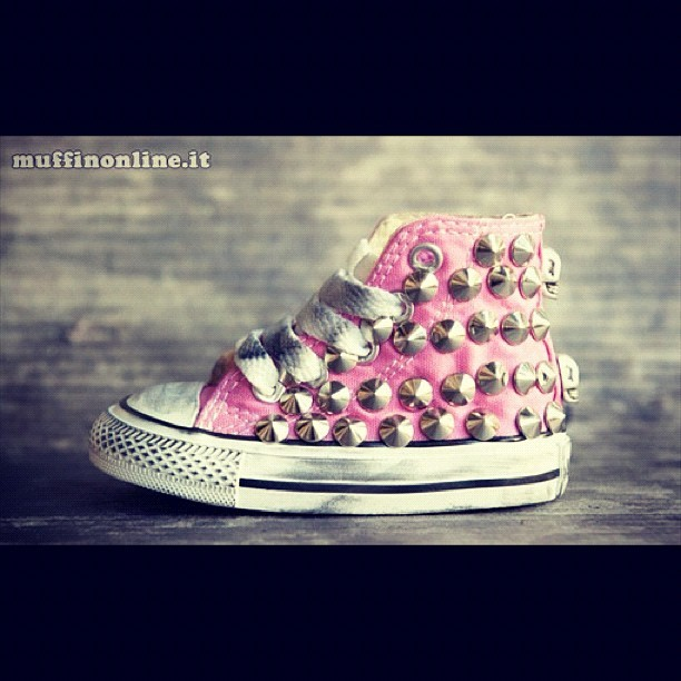 #Converse Full Kid with #studs in Pink. Available at www.muffionline.it #allstar #shoes #style #fashion (Taken with instagram)
