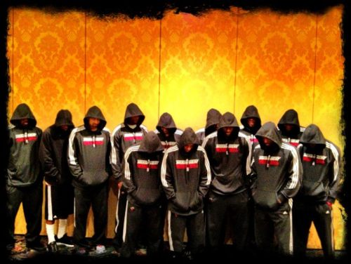 jouelzy:  Miami Heat supports Trayvon Martin  Respect Miami Heat after this Picture
